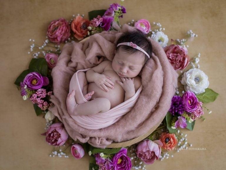 Un canto a la vida: Fotografía Newborn en Torrent, Valencia
