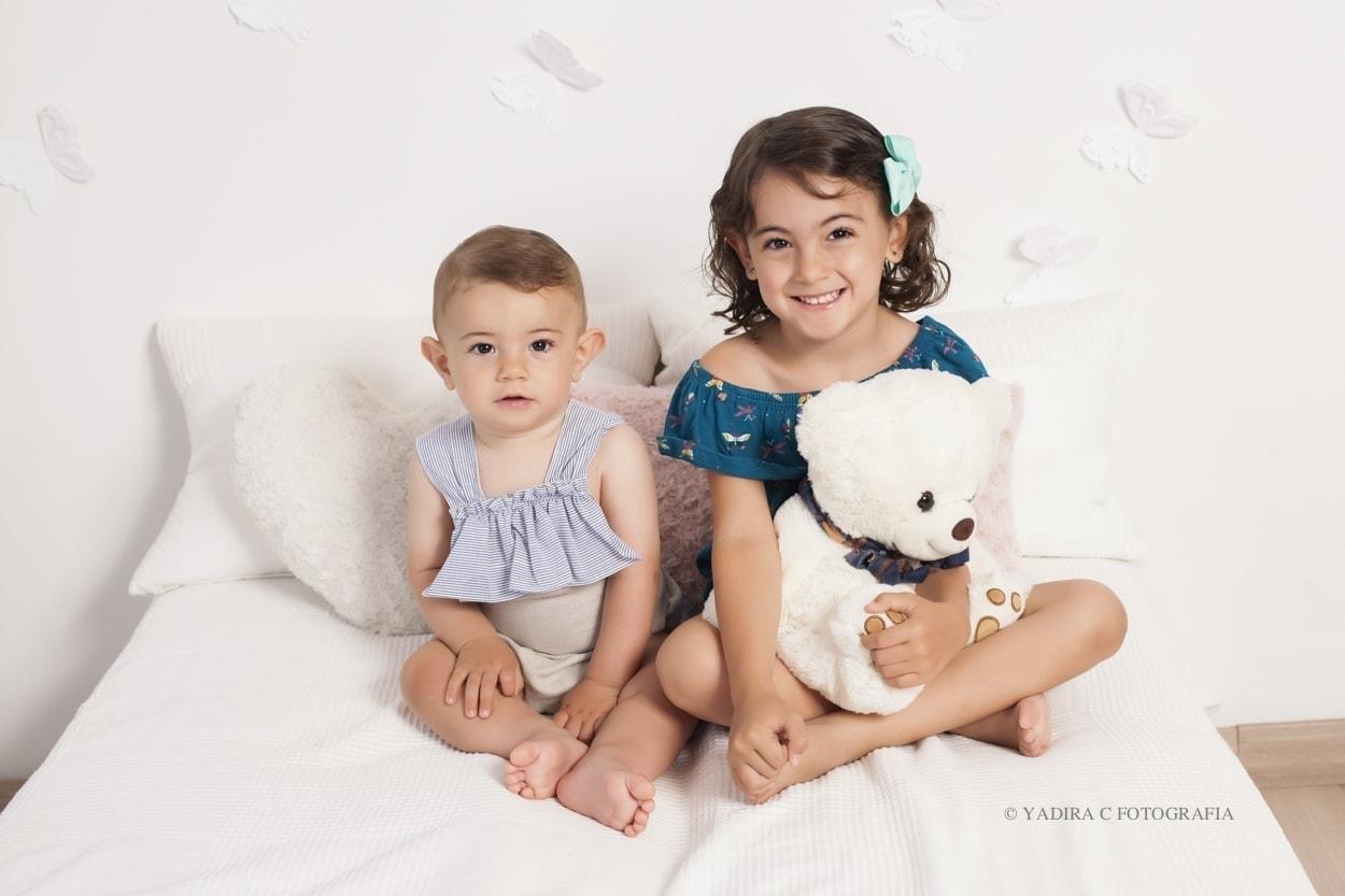 Una bonita sesión de fotos infantil entre hermanos, en Torrent, Valencia